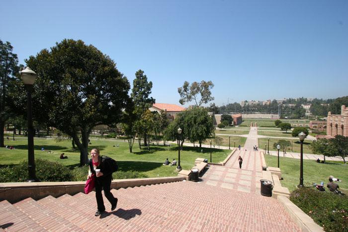 UCLAlett